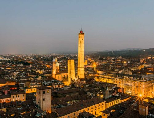 Болонья: шопинг, соус Болоньез и культура
